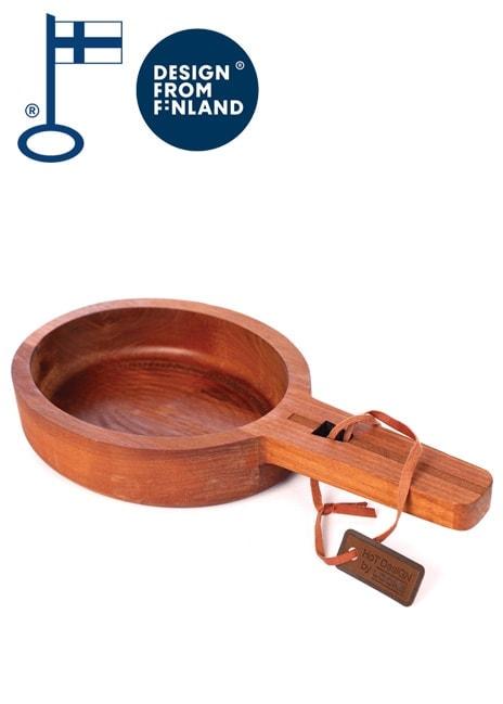 Liikelahjaksi sopiva nappo on valmistettu Suomessa suomalaisesta koivusta