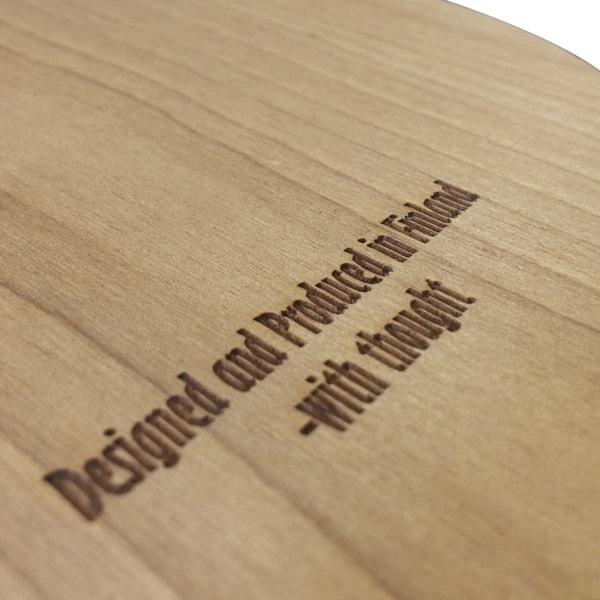 Polttomerkinnällä voidaan viimeistellä puuesineitä ja nahkaa.