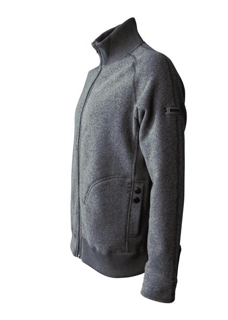 Sijoita yrityksesi logobrodeeraus Pyry-takin hihansuuhun, hauikseen tai rintaan